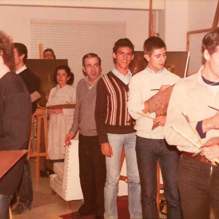 Con mi maestro F. Benitez en su escuela de pintura – 1981